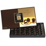 Dark Chocolate Covered Whole Macadamia Nuts 30pc